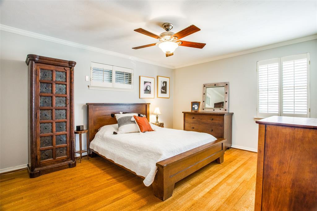 Sold Property   6245 Woodcrest Lane Dallas, Texas 75214 16