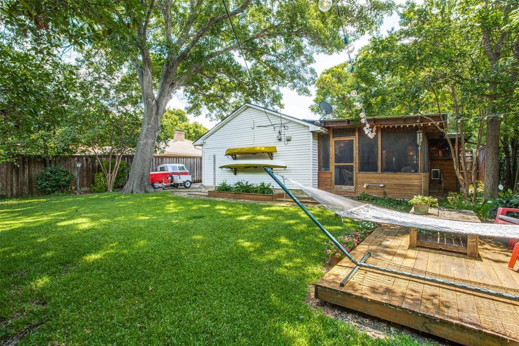 Sold Property   6245 Woodcrest Lane Dallas, Texas 75214 24