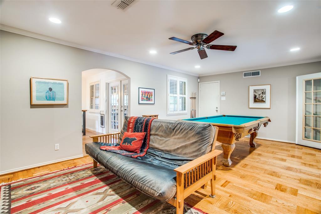 Sold Property   6245 Woodcrest Lane Dallas, Texas 75214 8