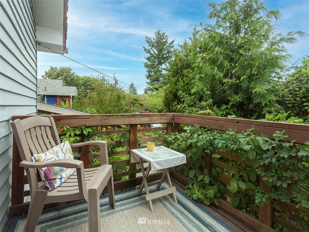 Sold Property | 852 NW 75th Street Seattle, WA 98117 12
