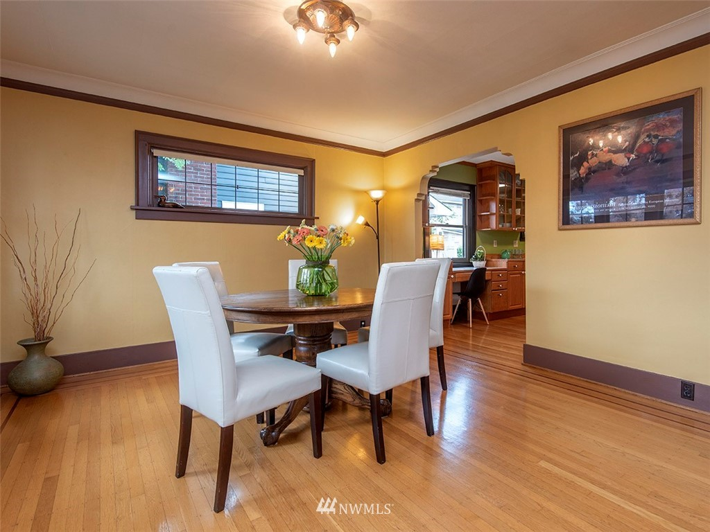 Sold Property | 852 NW 75th Street Seattle, WA 98117 3