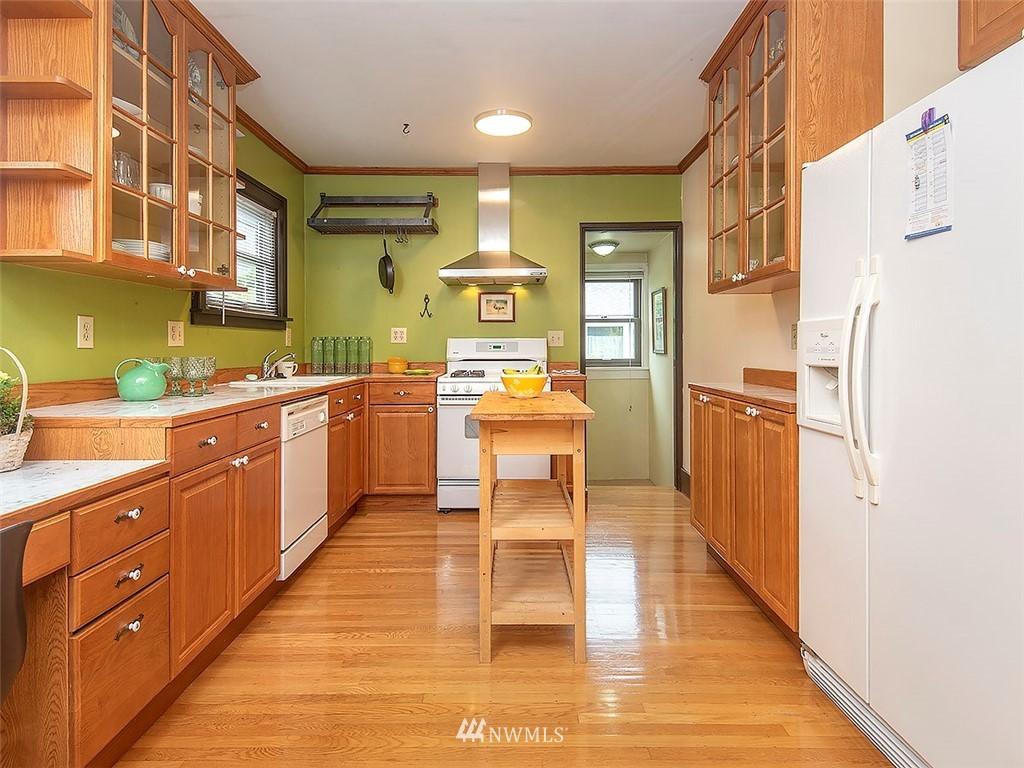 Sold Property | 852 NW 75th Street Seattle, WA 98117 6