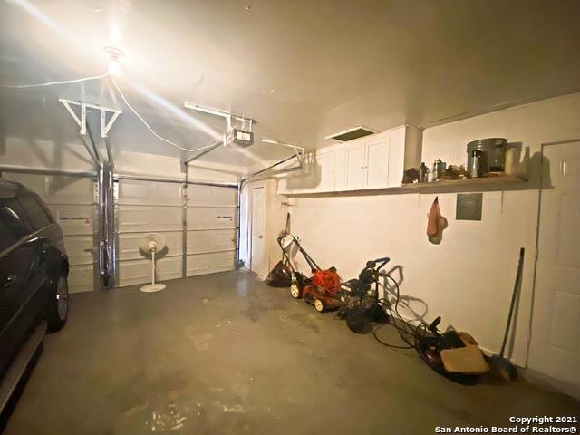 Active Option   3442 Chateau Dr San Antonio, TX 78219 24