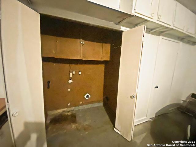 Active Option   3442 Chateau Dr San Antonio, TX 78219 25