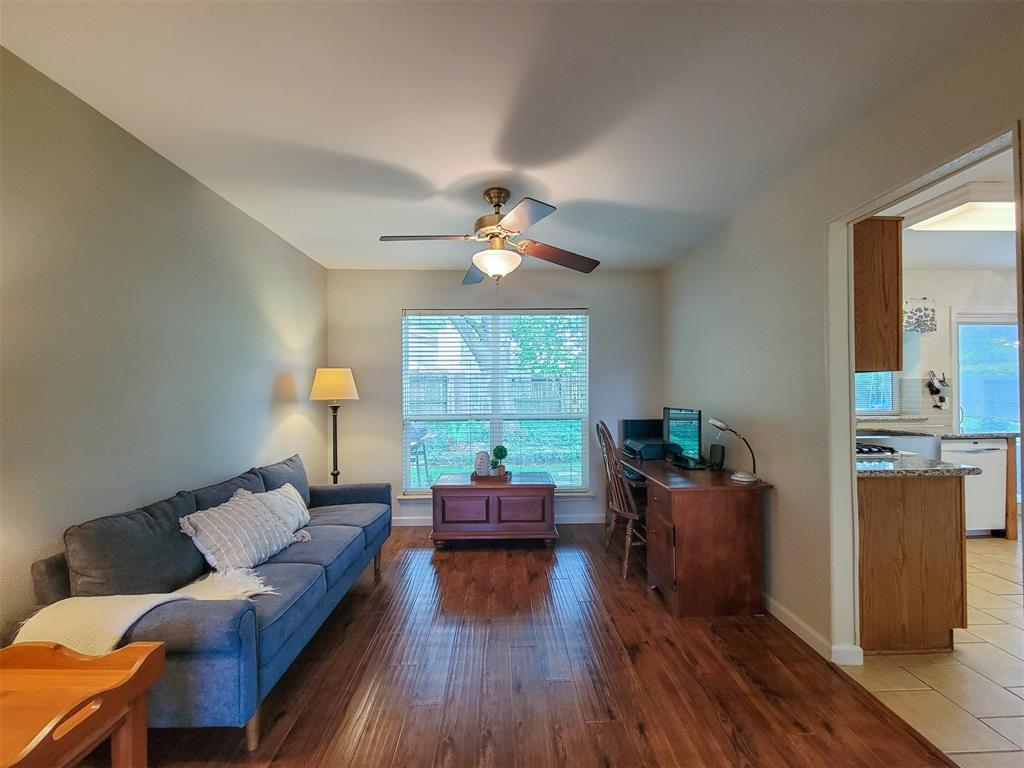 Pending | 7771 Springville Drive Houston, Texas 77095 6