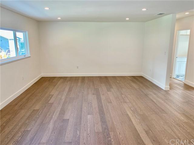 Closed | 650 W Highland Avenue Sierra Madre, CA 91024 4