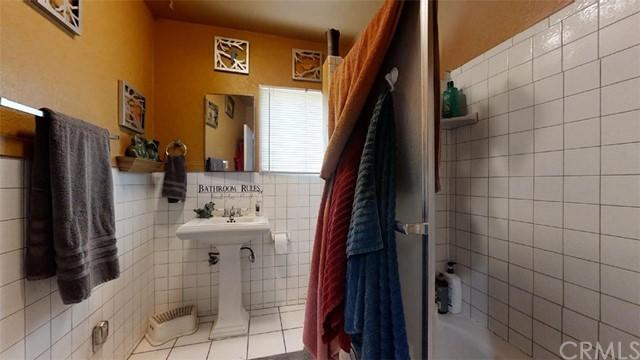 Pending | 11733 Emery Street El Monte, CA 91732 8