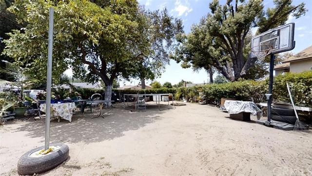 Pending | 11733 Emery Street El Monte, CA 91732 17