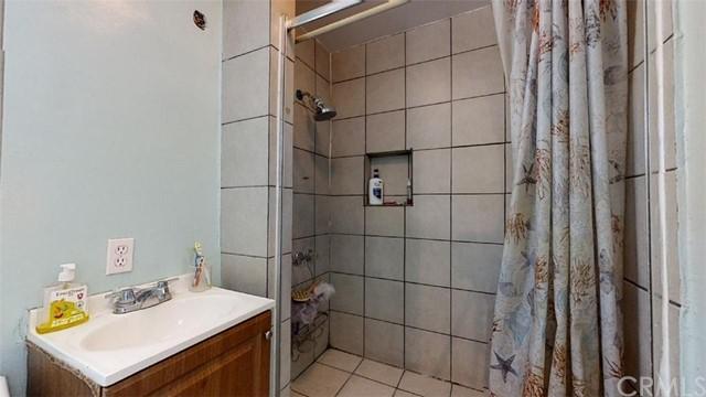 Pending | 11733 Emery Street El Monte, CA 91732 26