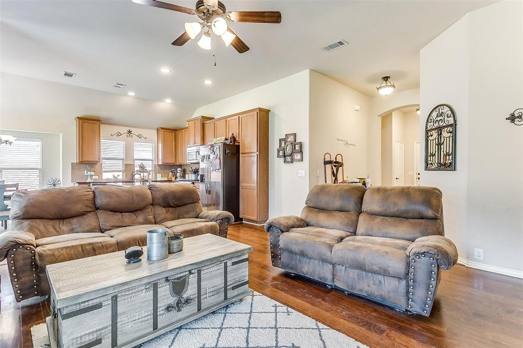 Active Option Contract | 513 Kerry Street Crowley, Texas 76036 7