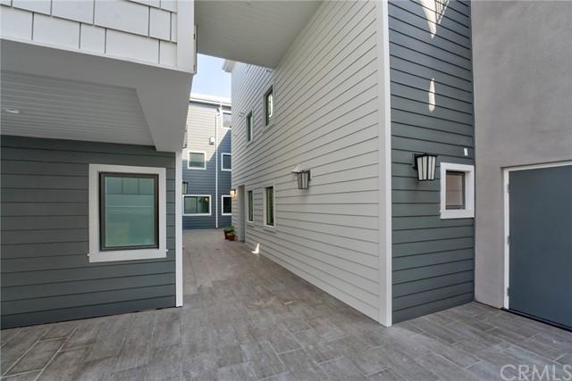 Active   530 N Elena Avenue Redondo Beach, CA 90277 3