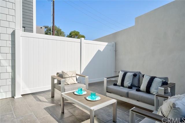 Active   530 N Elena Avenue Redondo Beach, CA 90277 20