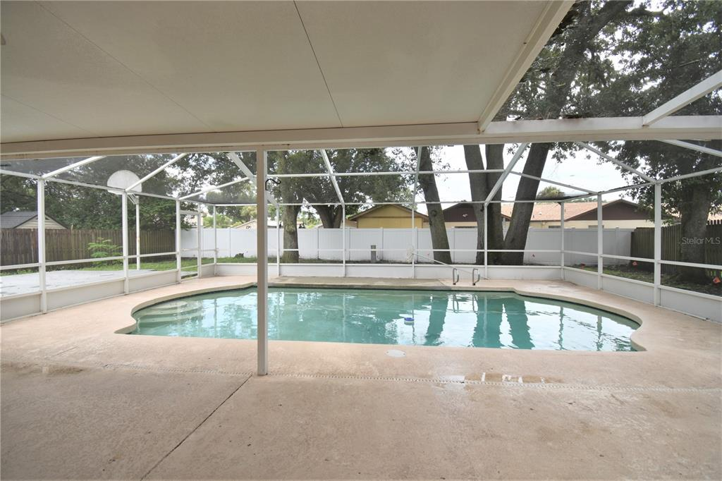 Active | 7714 PALMBROOK DRIVE TAMPA, FL 33615 25