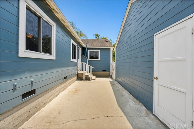 Pending | 4925 Reese Road Torrance, CA 90505 36