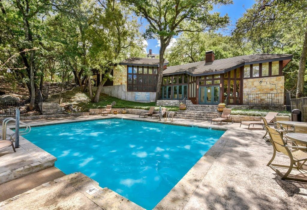 Closed   4711 Spicewood Springs Road #7-138 Austin, TX 78759 31