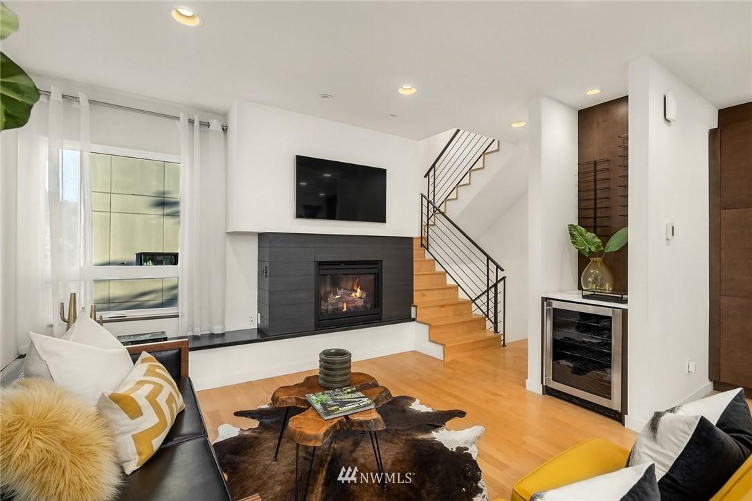 Sold Property | 1612 N 46th Street Seattle, WA 98103 3