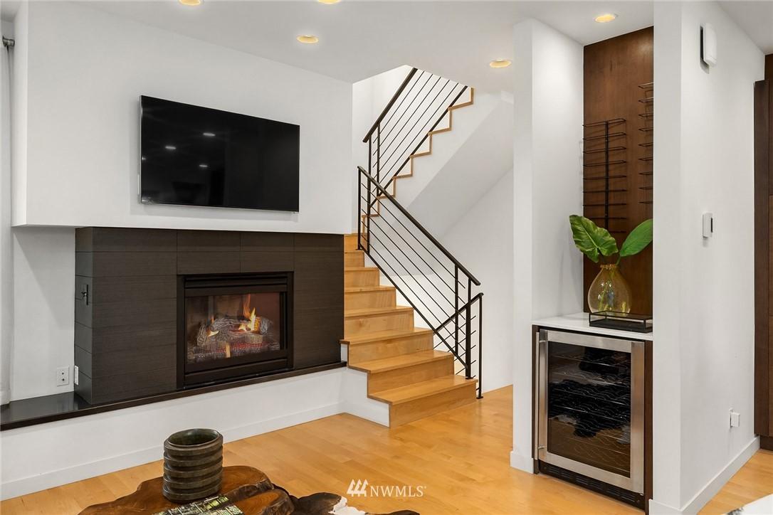 Sold Property | 1612 N 46th Street Seattle, WA 98103 4