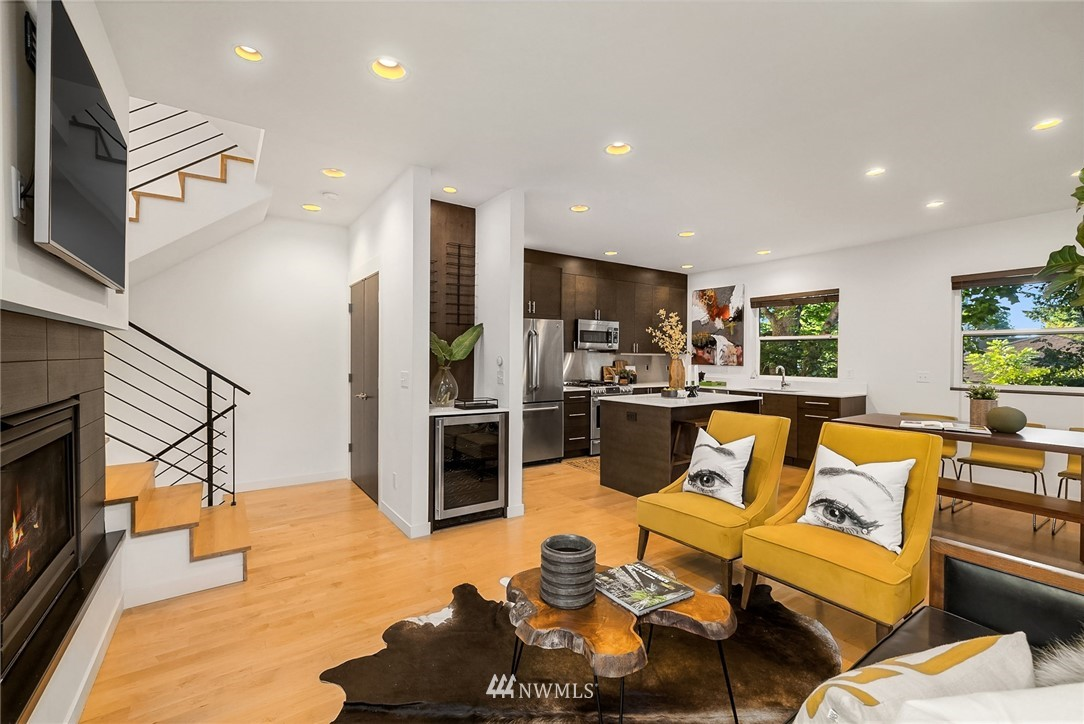 Sold Property | 1612 N 46th Street Seattle, WA 98103 6