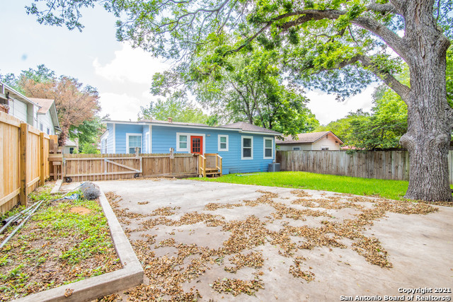 Active   525 ABISO AVE Alamo Heights, TX 78209 21