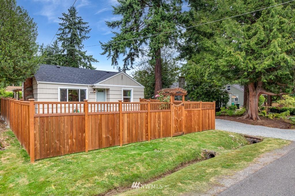 Sold Property   808 NE 117th Street Seattle, WA 98125 33