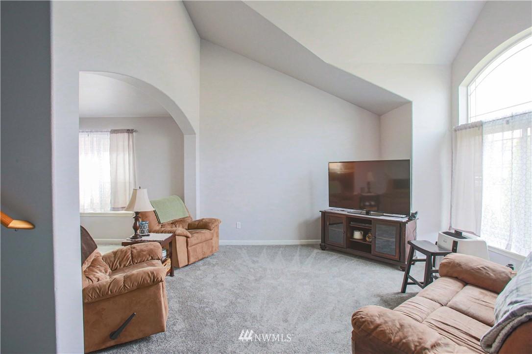 Sold Property | 1410 Riddell Avenue NE Orting, WA 98360 3
