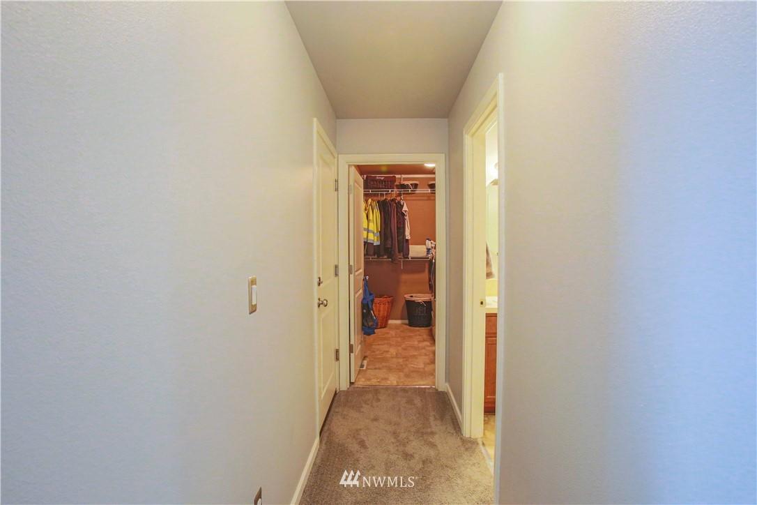 Sold Property | 1410 Riddell Avenue NE Orting, WA 98360 5