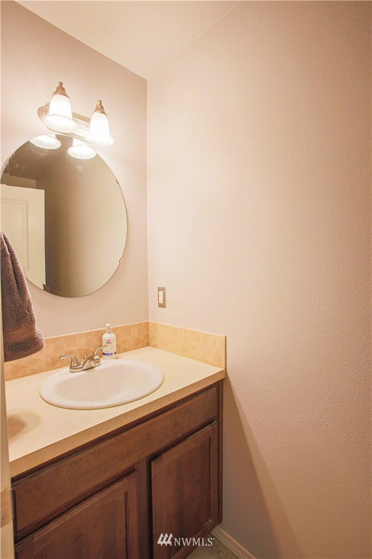 Sold Property | 1410 Riddell Avenue NE Orting, WA 98360 6