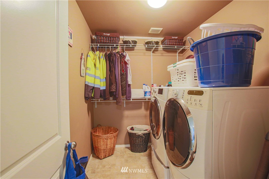 Sold Property | 1410 Riddell Avenue NE Orting, WA 98360 7