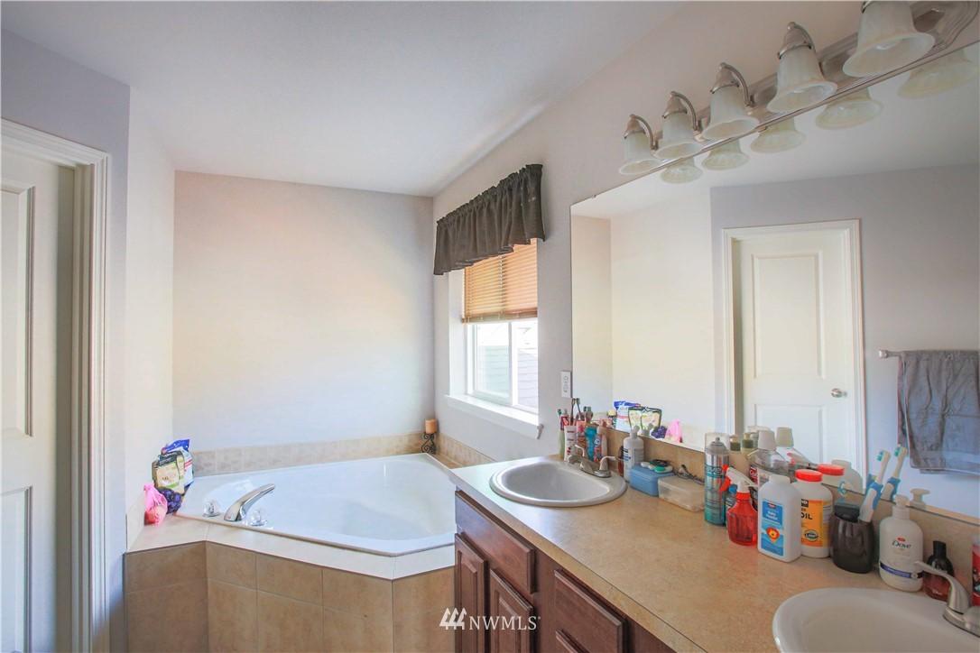 Sold Property | 1410 Riddell Avenue NE Orting, WA 98360 20