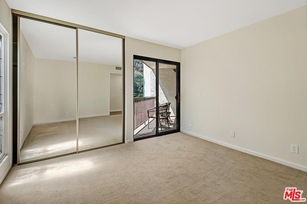 Closed | 4210 Via Arbolada #211 Los Angeles, CA 90042 28