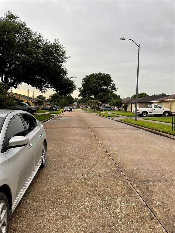 Active | 2726 Winter Park Court Houston, Texas 77067 8