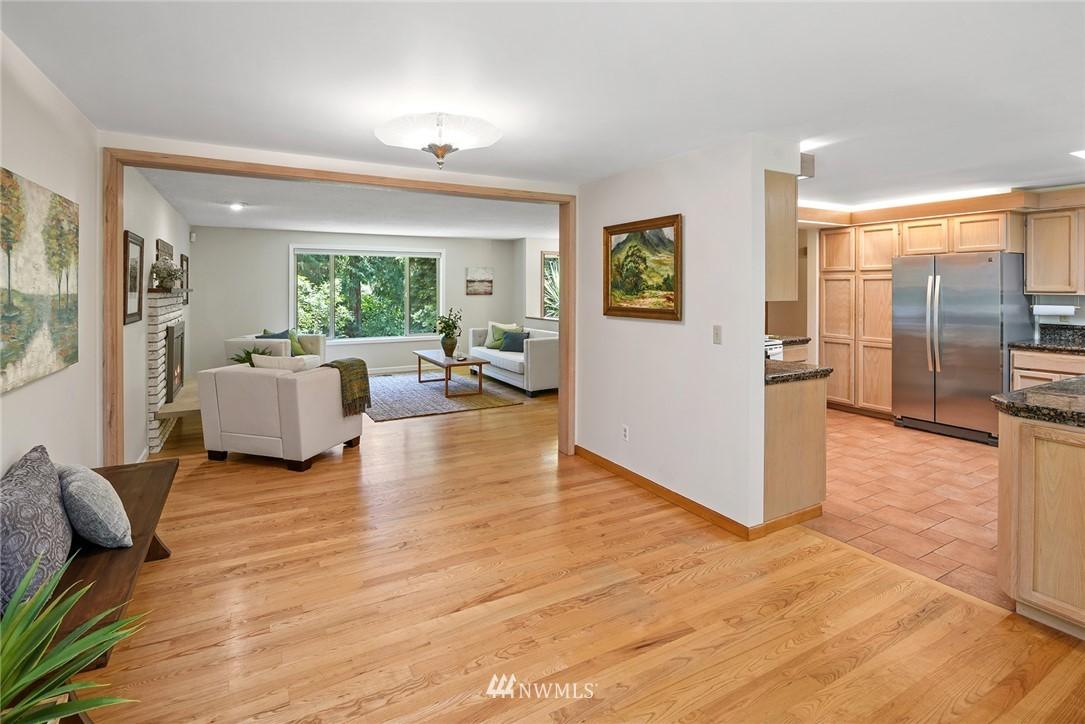 Sold Property | 8184 NE Blakely Heights Drive Bainbridge Island, WA 98110 9