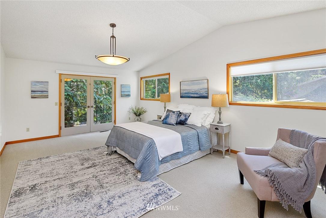 Sold Property | 8184 NE Blakely Heights Drive Bainbridge Island, WA 98110 15