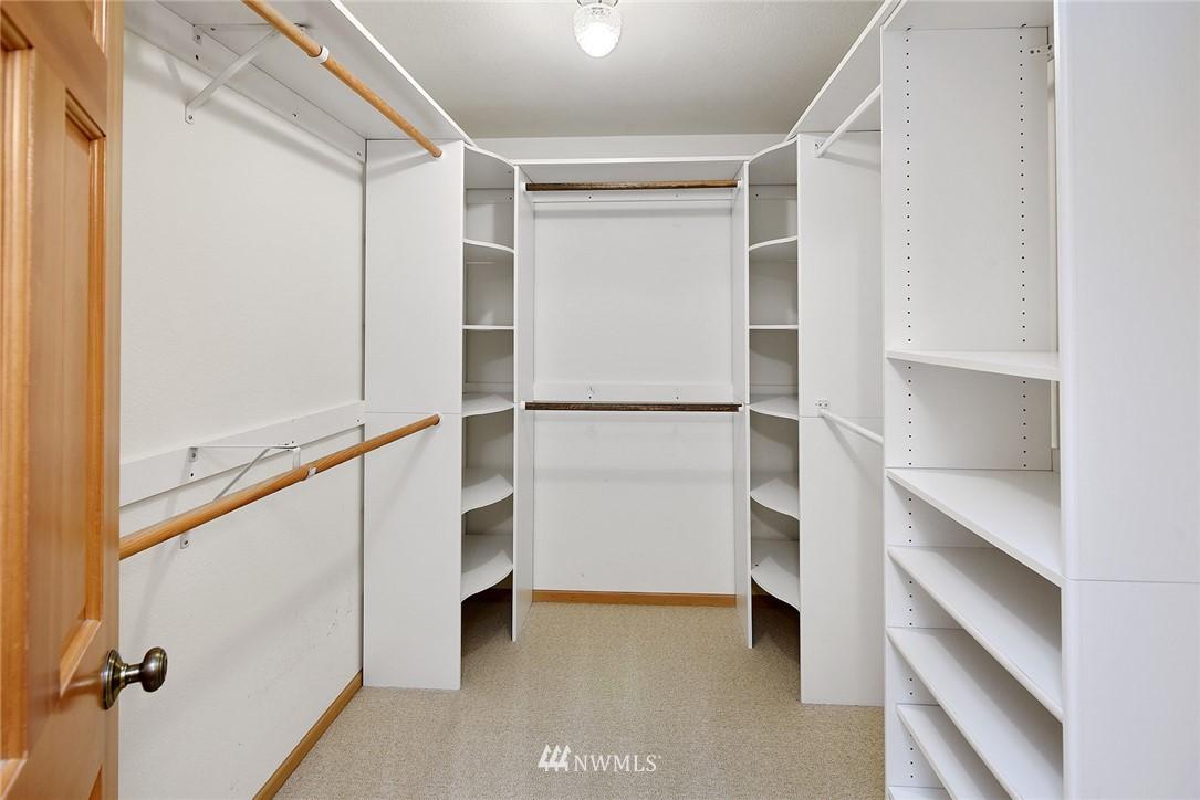 Sold Property | 8184 NE Blakely Heights Drive Bainbridge Island, WA 98110 17