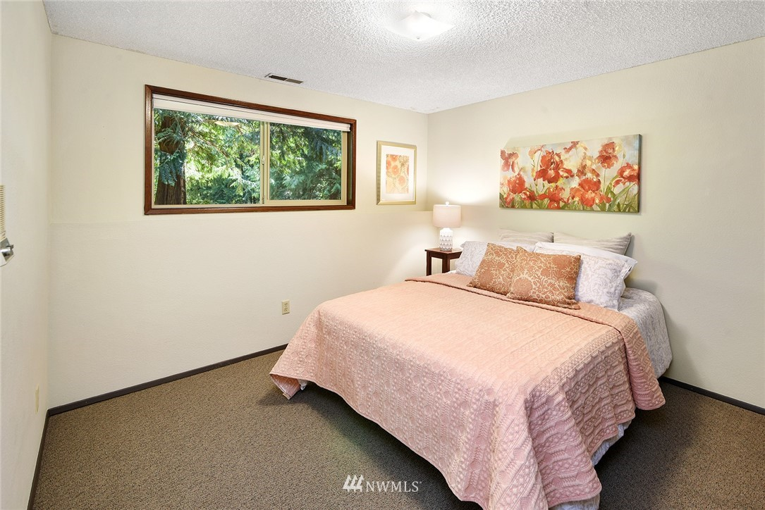 Sold Property | 8184 NE Blakely Heights Drive Bainbridge Island, WA 98110 22