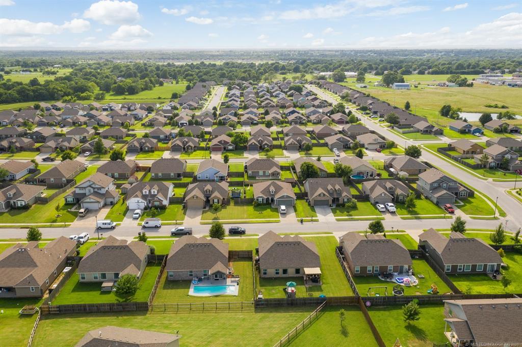 Off Market | 11005 N 120th East Avenue Owasso, Oklahoma 74055 32