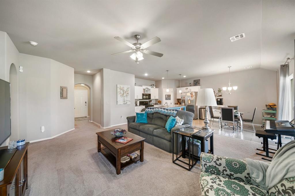 Off Market | 11005 N 120th East Avenue Owasso, Oklahoma 74055 5