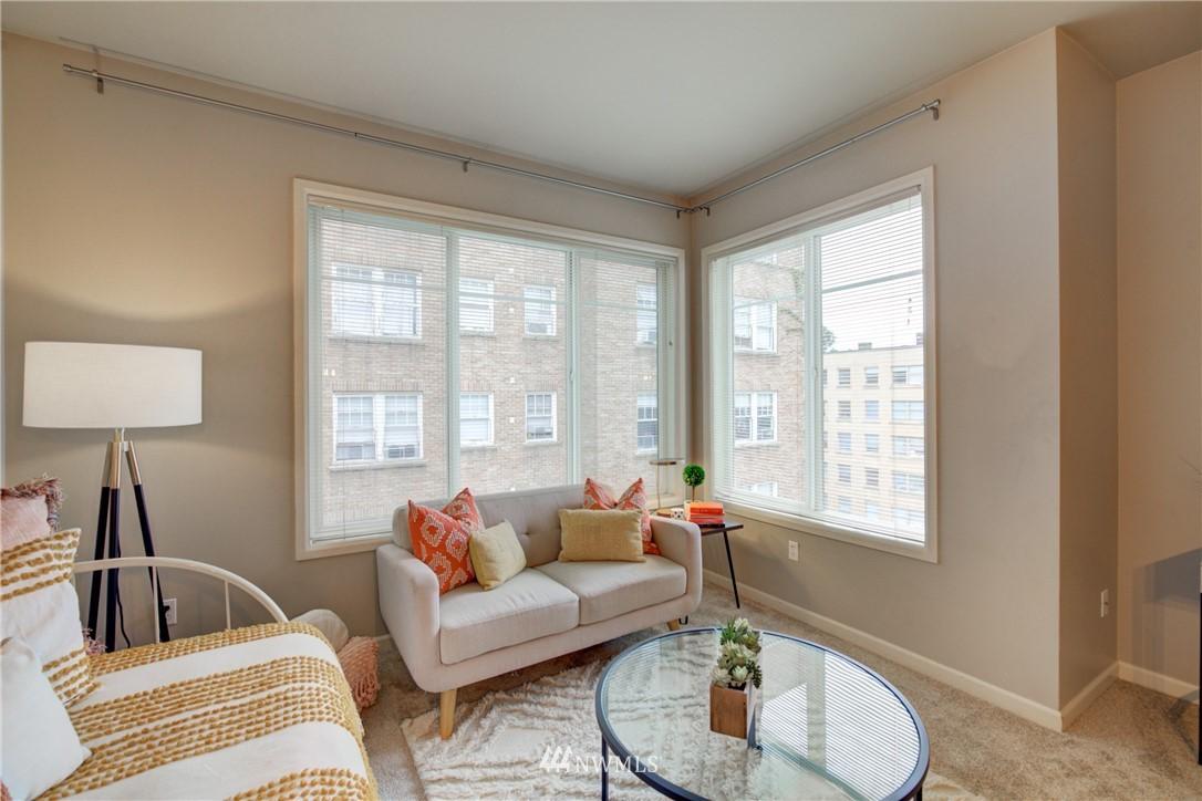 Sold Property | 124 Bellevue Avenue E #700 Seattle, WA 98102 0