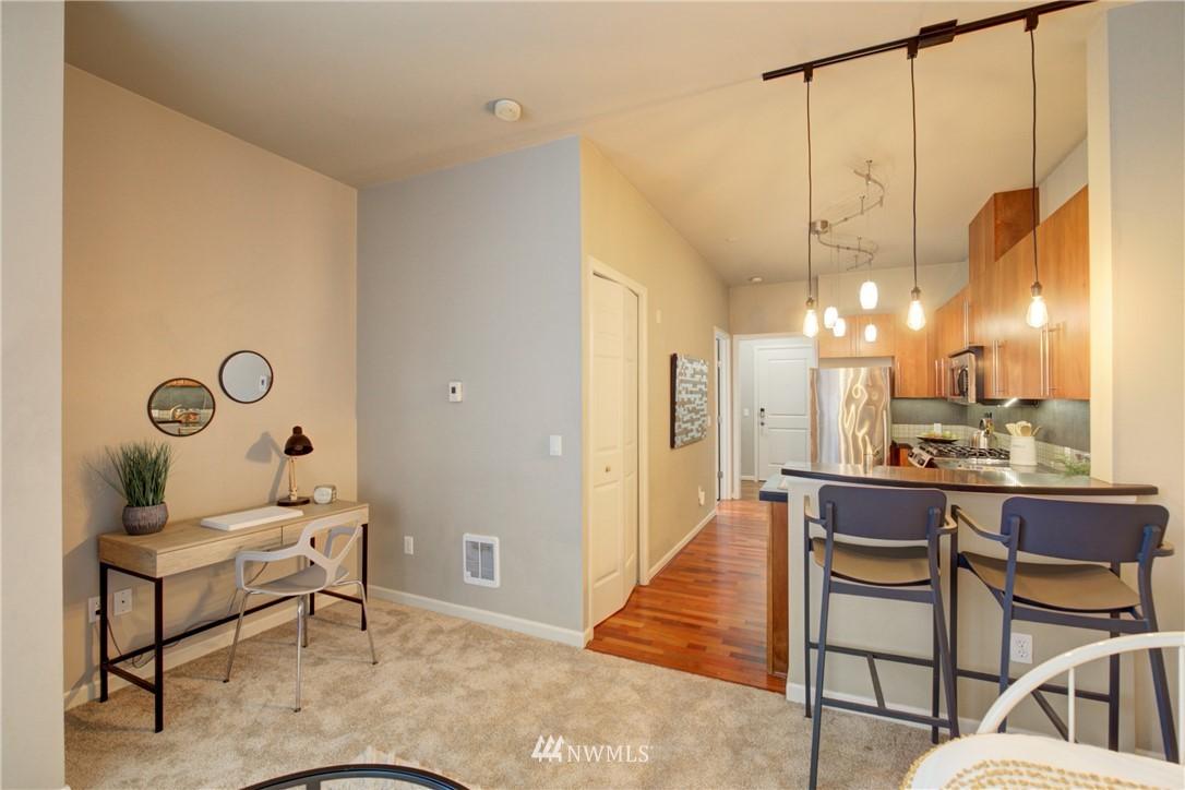 Sold Property | 124 Bellevue Avenue E #700 Seattle, WA 98102 3