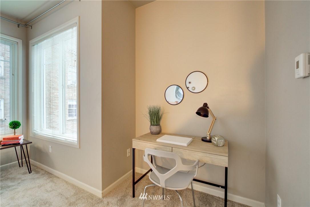 Sold Property | 124 Bellevue Avenue E #700 Seattle, WA 98102 4