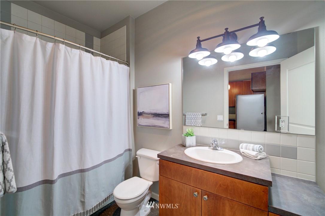 Sold Property | 124 Bellevue Avenue E #700 Seattle, WA 98102 11