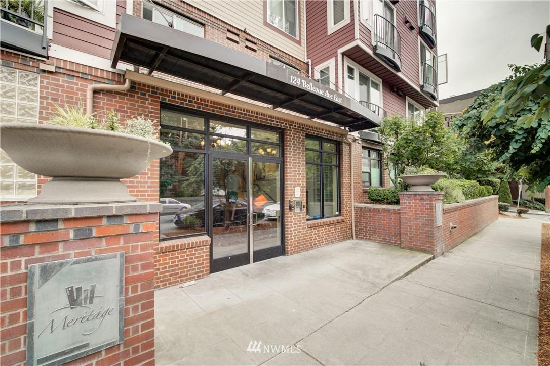 Sold Property | 124 Bellevue Avenue E #700 Seattle, WA 98102 20