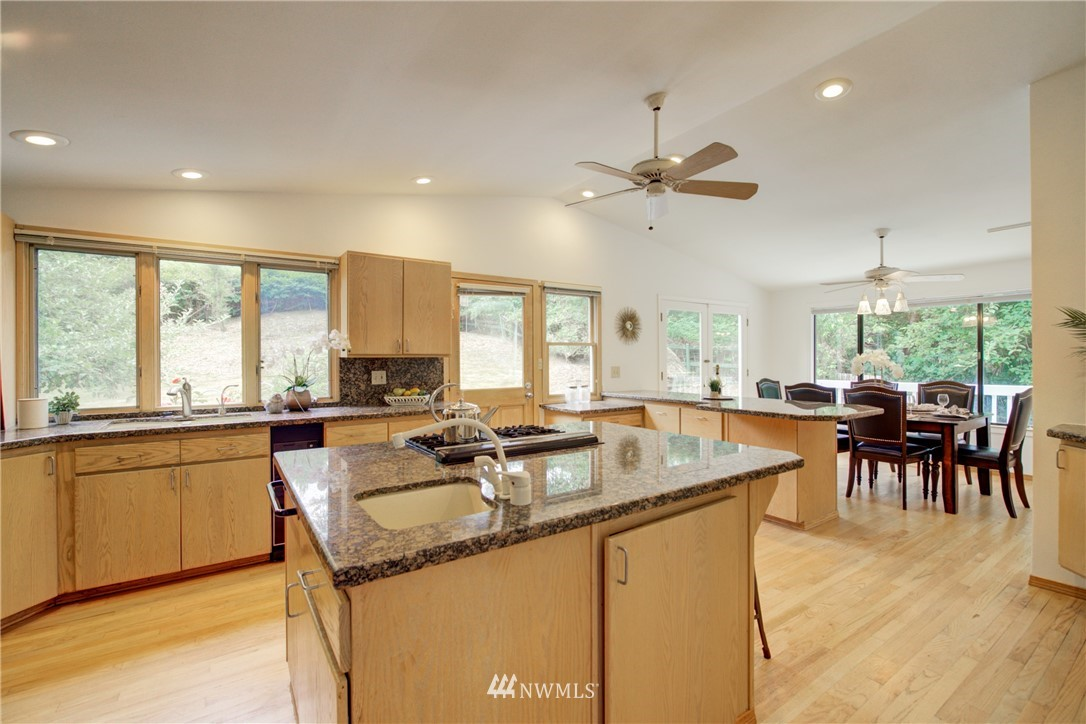 Sold Property | 11207 167 Court NE Redmond, WA 98052 14