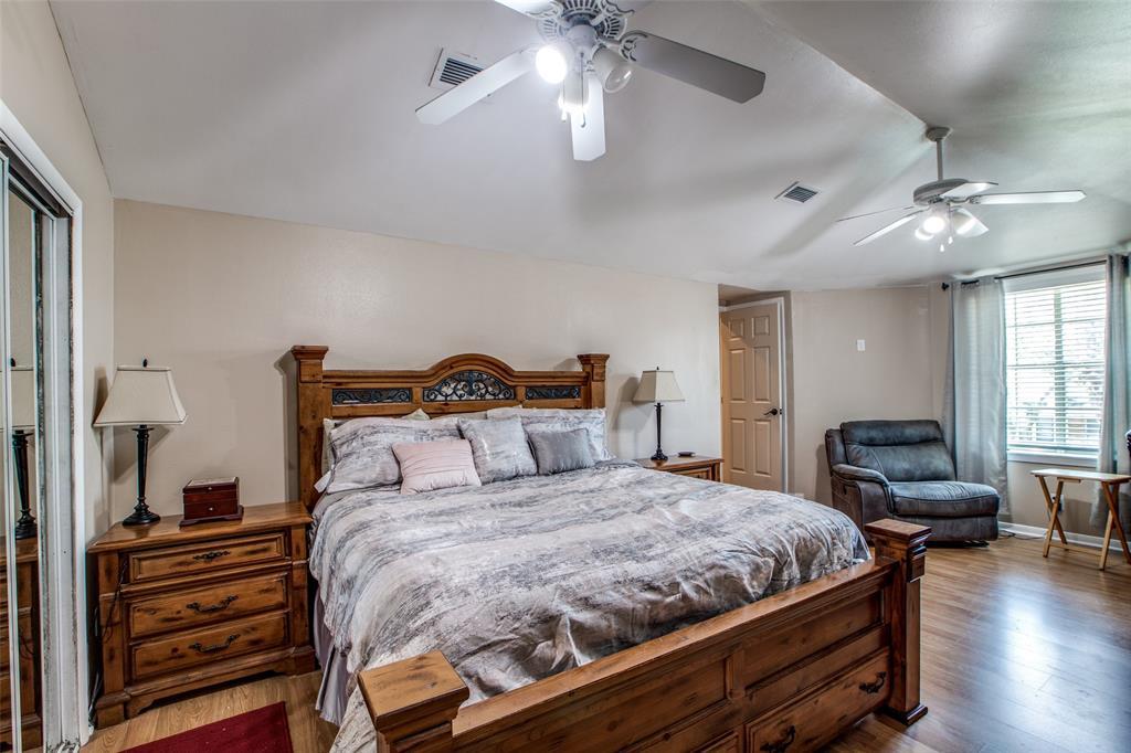 Workshop or Large Garage in Galveston by the Beach | 4504 Avenue R Galveston, Texas 77551 18