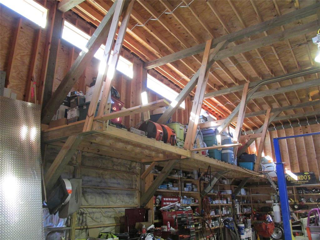 Workshop or Large Garage in Galveston by the Beach | 4504 Avenue R Galveston, Texas 77551 38