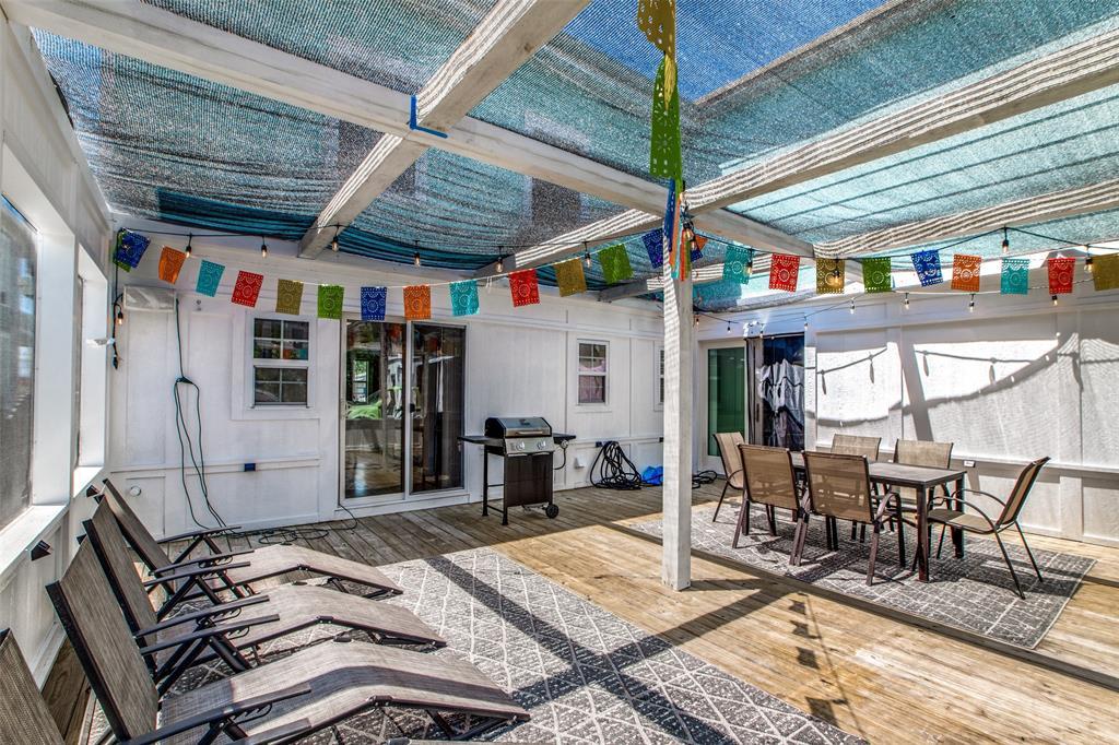 Workshop or Large Garage in Galveston by the Beach | 4504 Avenue R Galveston, Texas 77551 39