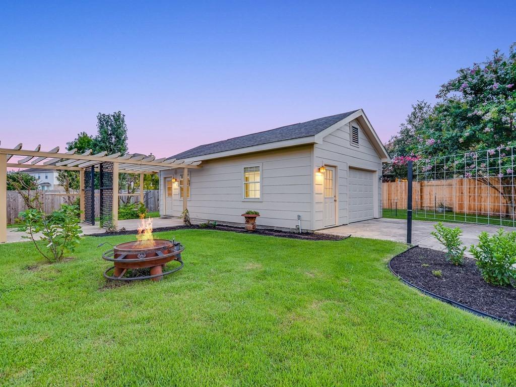 Closed | 18912 Hill Top Canyon Cove Pflugerville, TX 78660 1