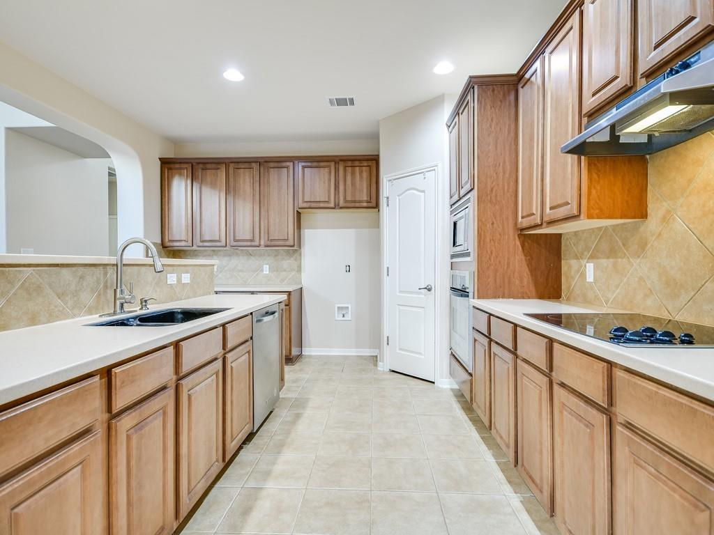 Closed | 18912 Hill Top Canyon Cove Pflugerville, TX 78660 10