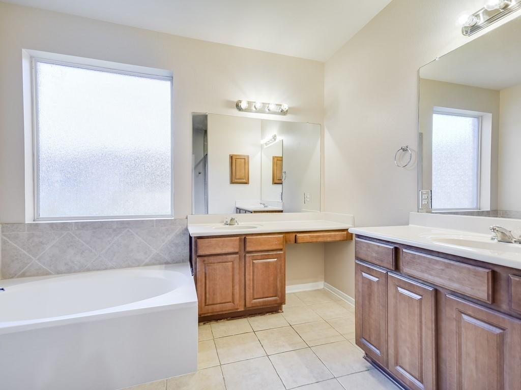 Closed | 18912 Hill Top Canyon Cove Pflugerville, TX 78660 16