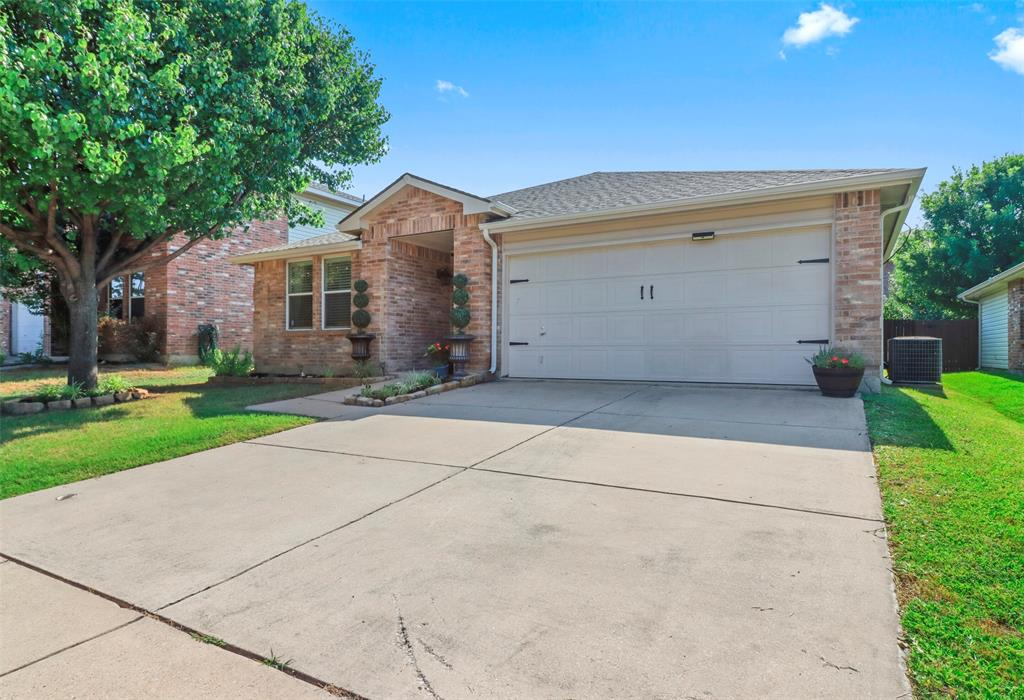 Pending | 16600 Jasmine Springs Drive Fort Worth, Texas 76247 3